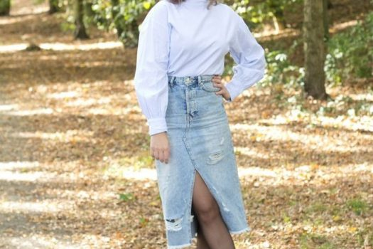 Denim skirt | Oversized blouse